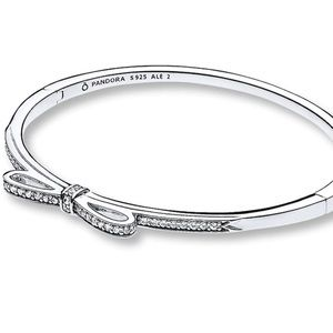 Authentic Pandora Sparking Bow Bangle